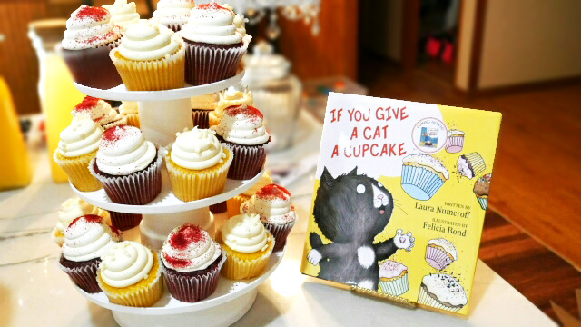 book-themed-baby-shower-image-8